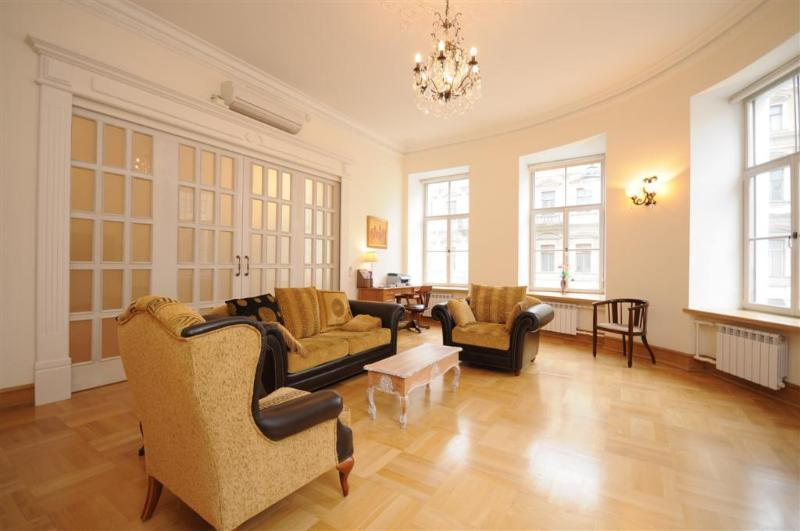 Sliding door, 3 of 4 windows, sofabed & 2 armcharis - Top End 2 Bedroom Apartment Central St. Petersburg - Saint Petersburg - rentals