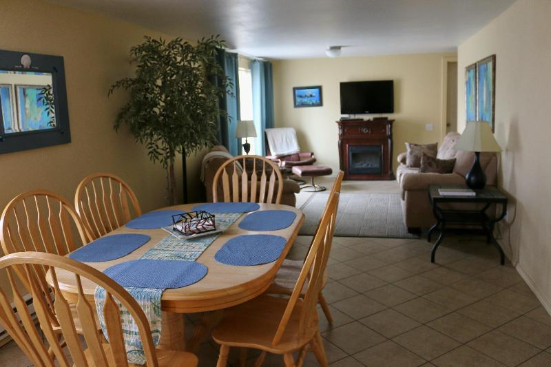 You are home! - THE SEAHORSE: COMFORT, SPACIOUS, STEPS TO TH - Yachats - rentals