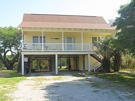 M T Nest - M T Nest - Oak Island - rentals