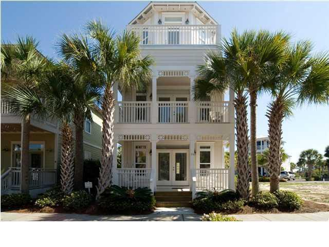 Sunsplash - Beach House with Rooftop Deck directly across from Pool and 3 minute walk from the beach - Sunsplash - Near Beach & Pool, Rooftop Deck - Seacrest - rentals