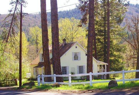 The Husum House- Columbia Gorge-White Salmon River - Image 1 - Husum - rentals