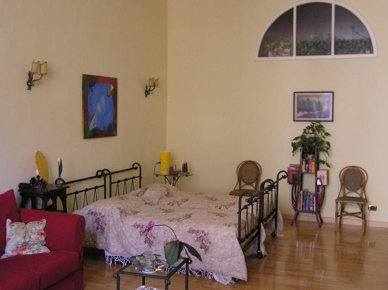 Vacatoin Rentals at Residenza al Fillungo in Lucca - Image 1 - Lucca - rentals
