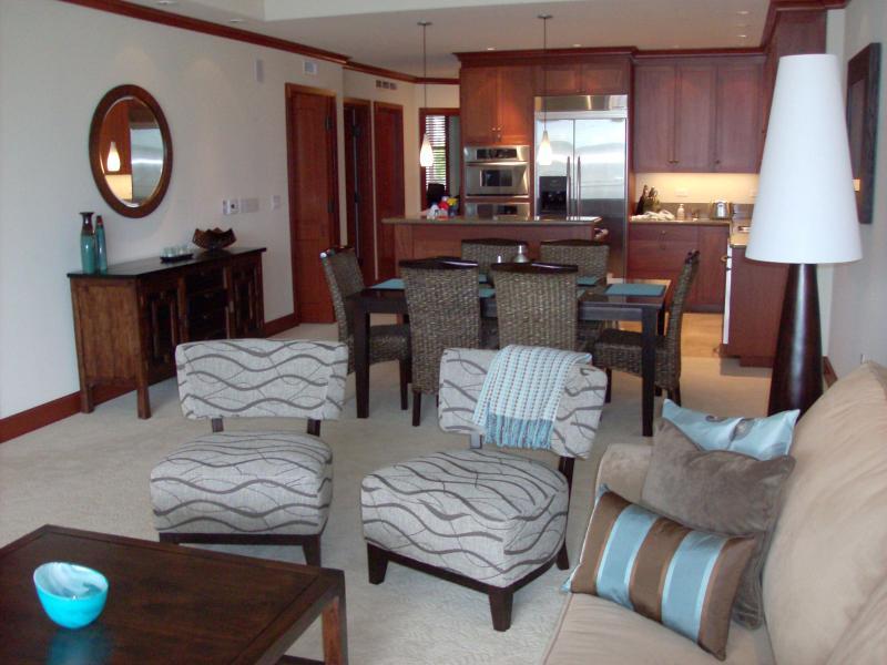 Lovely open room - Hula Moon Villa - From $199 per night! - Waikoloa - rentals