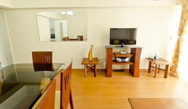 Living Area - Brand New 2 Bedroom Apt in Heart of Miraflores - Lima - rentals