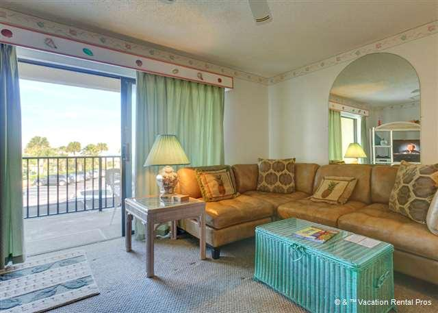 Sink into our comfy sectional and start relaxing - Ocean Villas 40, Ocean Views, Wifi, HDTV, St Augustine Beach - Saint Augustine - rentals