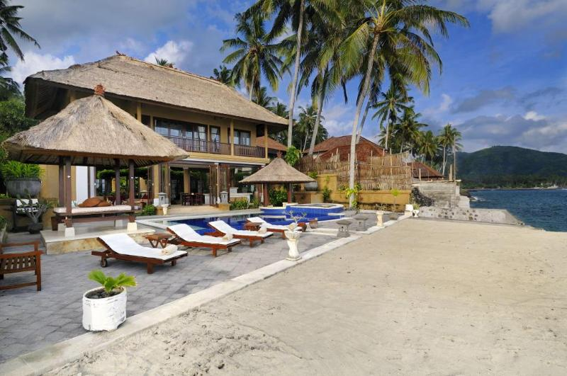 Villa Talia Vashti & Beach - Villa Talia Vashti -Oceanfront Villa with Own Pool - Candidasa - rentals