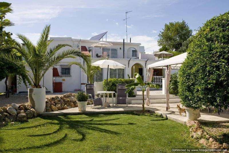 Facade - Villa Apartment in Torrent, Valencia - Torrent - rentals