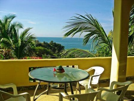 All units have ocean views! - Seaview 1 or 2 bdrm apts walk to beach/shops/cafes - Puerto Escondido - rentals