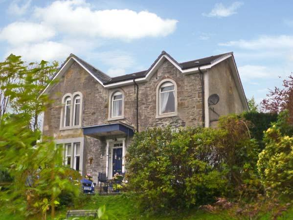 NEWTON HOUSE, family friendly, character holiday cottage, with a garden in Dunoon, Ref 11545 - Image 1 - Dunoon - rentals