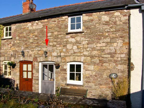 CARIAD COTTAGE, pet friendly, character holiday cottage, with a garden in Llangattock, Ref 13370 - Image 1 - Llangattock - rentals