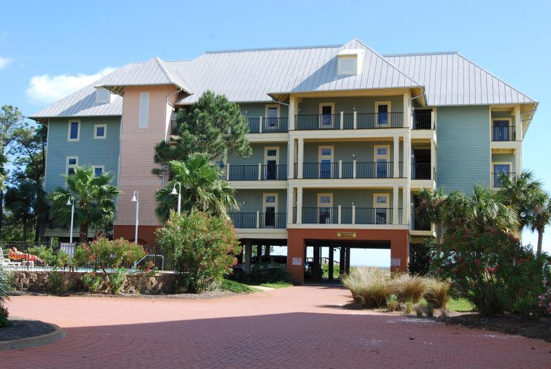 Ocean Front with Gorgeous beach and pool - Image 1 - Cape San Blas - rentals