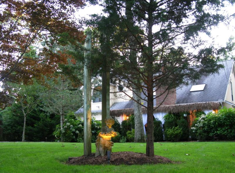 Guardian Angel by sculpture - A cozy, charming B&B in East Hampton - East Hampton - rentals