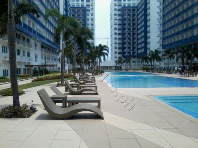 CONDO ACROSS MALL OF ASIA WITH WIFI - Image 1 - Pasay - rentals