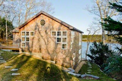 WATERFRONT RETREAT: SLEEK COTTAGE STYLING ON THE LAGOON - VH DSHE-45 - Image 1 - Vineyard Haven - rentals