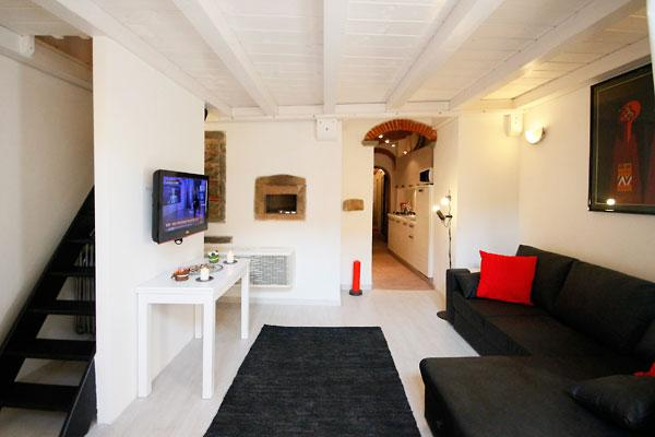 Vacatoin Rentals at Oltrarno Loft in Florence - Image 1 - Florence - rentals