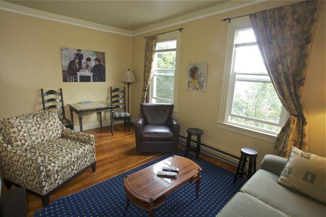 A very comfortable place to hang out! - St. John's Apartments #309- 2 Bedrooms, 2 Baths - Seattle - rentals