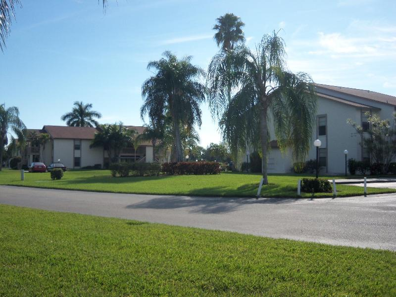 CONDO BUILDING - NEWLY RENOVATED South Fort Myers Florida Condo - Fort Myers - rentals