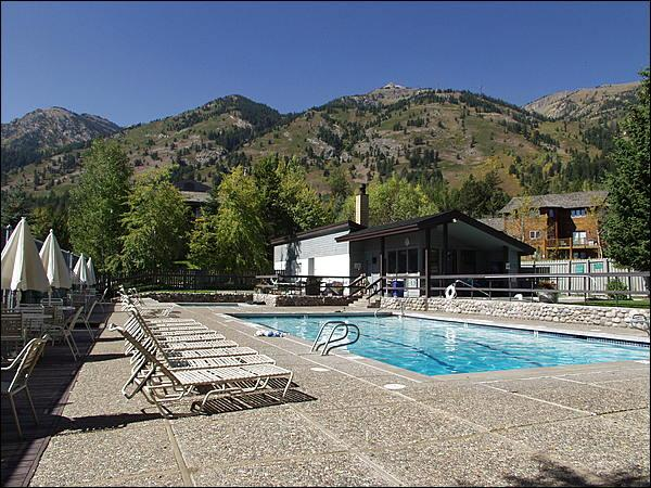 Heated Pool, Hot Tubs, Tennis Courts, with a beautiful ski area view! - 50 Yards to Moose Creek Lift - Pool & Tennis Club Access (3609) - Jackson - rentals
