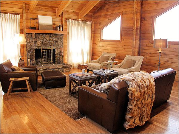 Fine Furniture, Natural Light, Vaulted Ceilings, & a Wood Fireplace make this an inviting space. - Peaceful Rural Setting Close to Town - Horse Property with Luxurious Finishes (2681) - Jackson - rentals