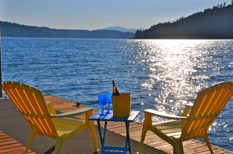 Essential Dock Time - Hood Canal Jewel/ Carriage House w/ Brillant View - Union - rentals