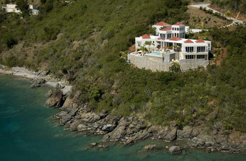 VI Friendship Villa at Great Cruz Bay, St. John - Oceanfront, Pool, View Of Yachts In Great Cruz Bay - Image 1 - Saint John - rentals