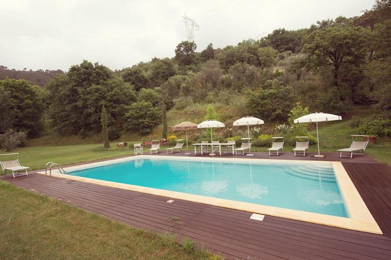 The Valley Farmhouse with private pool near Pisa - Image 1 - Pisa - rentals