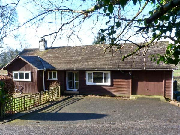 CRAIGLURE, pet friendly, country holiday cottage, with a garden in Gatehouse Of Fleet, Dumfries & Galloway, Ref 13671 - Image 1 - Castle Douglas - rentals