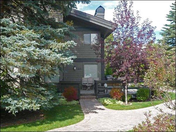 Beautiful Natural Setting - Tranquil Views - Recently Remodeled (1018) - Sun Valley - rentals