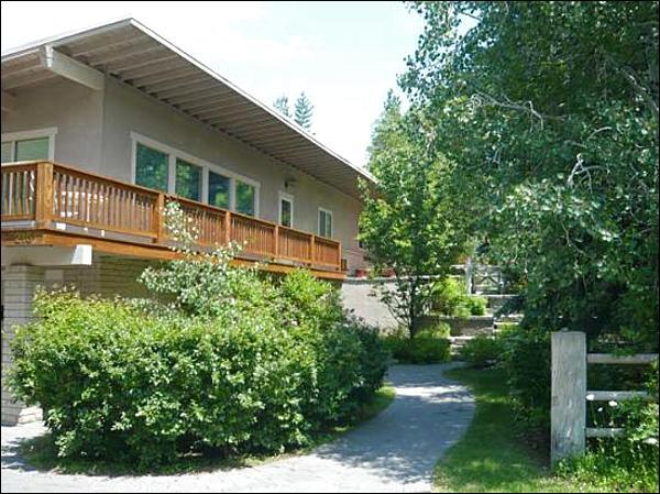 Well Maintained Property - Views of Slopes - Recently Updated (1069) - Ketchum - rentals