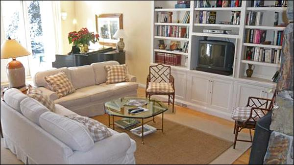 Beautifully Appointed Living Room - Sun Valley Luxury Home - Bright and Sunny (1115) - Sun Valley - rentals