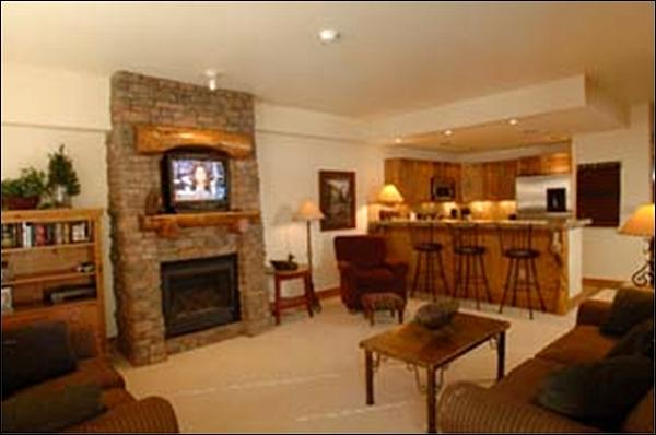 Living Room Includes a Gas Fireplace - Representative Unit - Spacious Layout - On the Loop Shuttle Route (1086) - Crested Butte - rentals