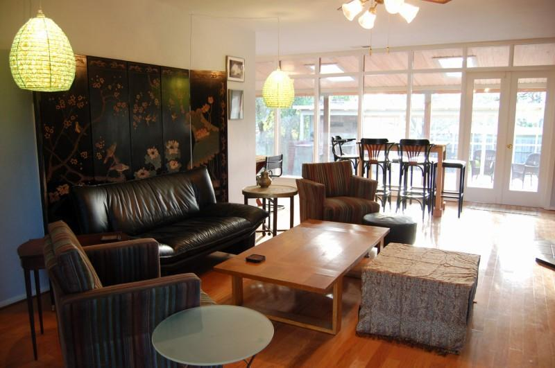 Living Room - Retro Retreat: Cozy, Moderne, Affordable House - Sonoma - rentals