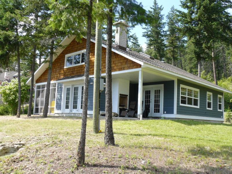 Lookout Cottage from the east - Lake View Cottage with Boatslip on Adams Lake - Chase - rentals