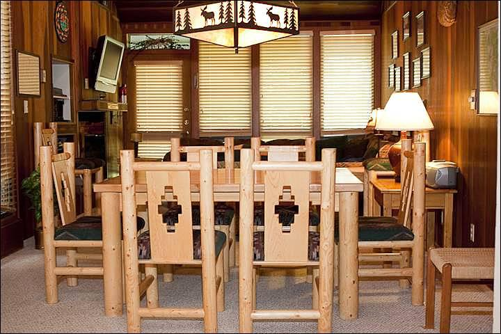 Dining Seats 6 - Charming Park City Condominium - Delightful Mountain Location (24599) - Park City - rentals