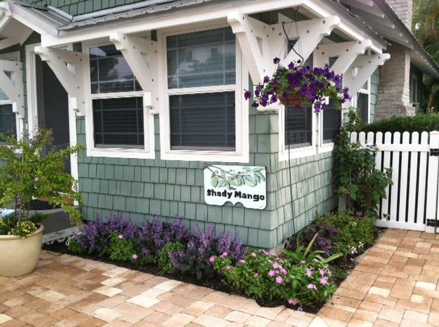 Whimsical plantings in the new garden. - The Shady Mango ~ Anna Maria Island's Most Charmin - Anna Maria - rentals