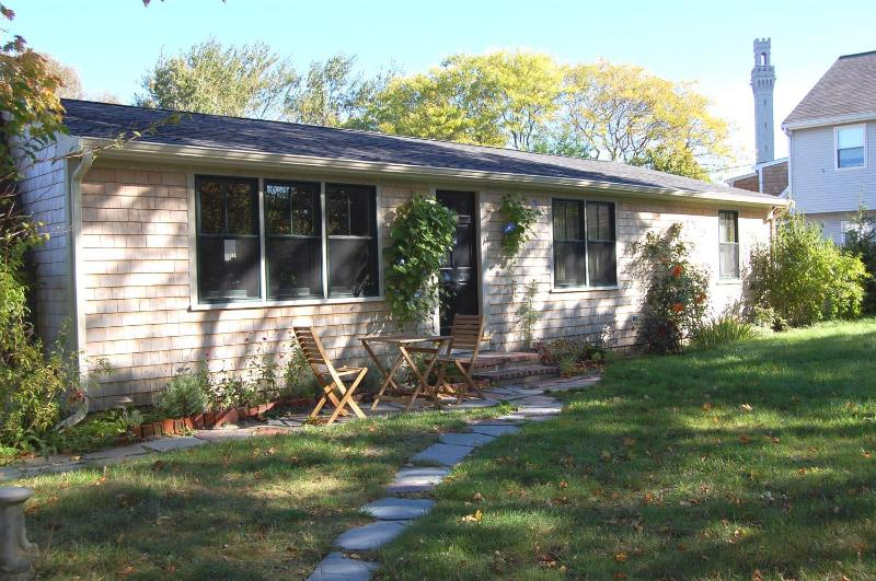Front view of cottage - Provincetown -Centrally located 2 BR Cottage! - Provincetown - rentals