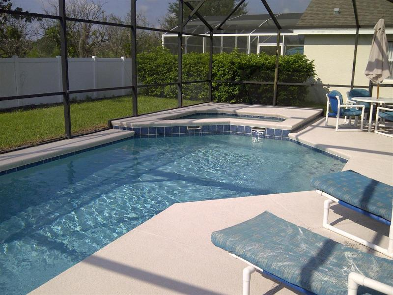 Bass Lake Estates-Spacious 4 Bedroom Home Pool & Spa, close to Disney - Image 1 - Kissimmee - rentals