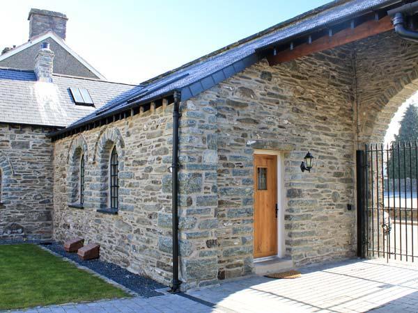 4 Bythynnod yr Aran, Wales Ref 10870 - Image 1 - Bala - rentals