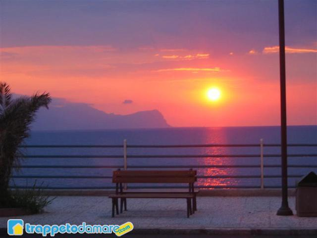 Trappeto sunset in Lungomare - Trappetodamare - Enjoy the Real Authentic Sicily! - Palermo - rentals