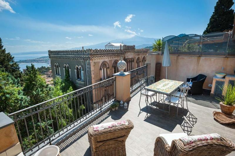 Apartment Dumas holiday vacation apartment rental italy, sicily, taormina, sicilian coast, - Image 1 - Taormina - rentals