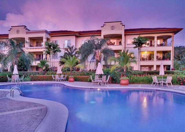 Twiligt over Del mar condominium. - Smiles Condominium - Del Mar 3L - Herradura - rentals