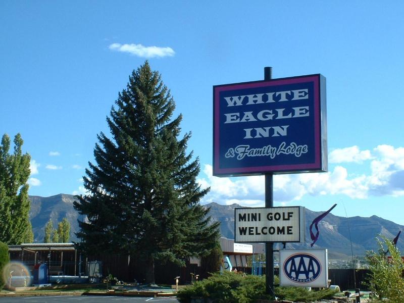 Entrance to White Eagle Inn & Family Lodge - White Eagle Inn & Family Lodge at Cortez - Cortez - rentals