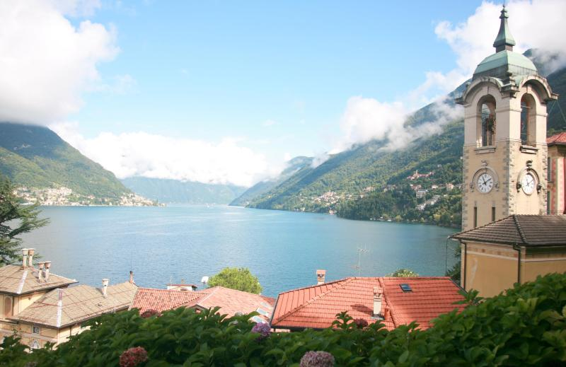 The definitive lake view - from the living room looking straight ahead - 1 bedroom apartment on the shores of Lake Como - Como - rentals