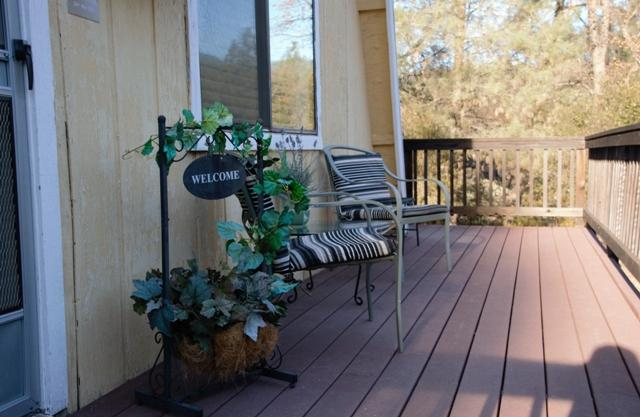 Spacious Deck for Star Gazing - Old Oak Hideaway - choice of entrances to YNP! - Mariposa - rentals