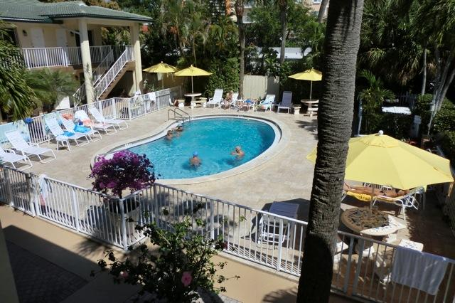 Balcony view of Beach Villas' tropical pool and deck - Beach Villas of Deerfield - Deerfield Beach - rentals