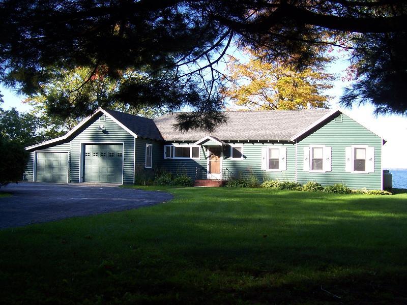 Roadside view of house - Lake Champlain Sunsets-Cottage style Gem! - Burlington - rentals
