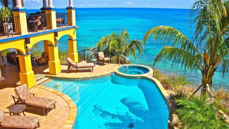 One of the lovliest oceanside views in the Caribbean - WOW!  Oceanfront luxury with fabulous pool & spa ! - Saint Croix - rentals