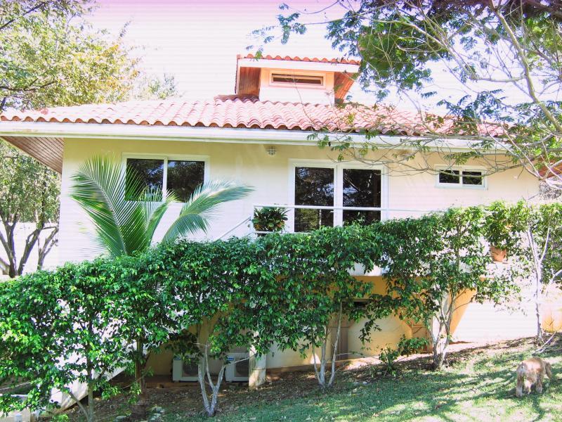 Guest house on ocean front - Contadora Villa on oceanfront Property/with beach - Contadora Island - rentals