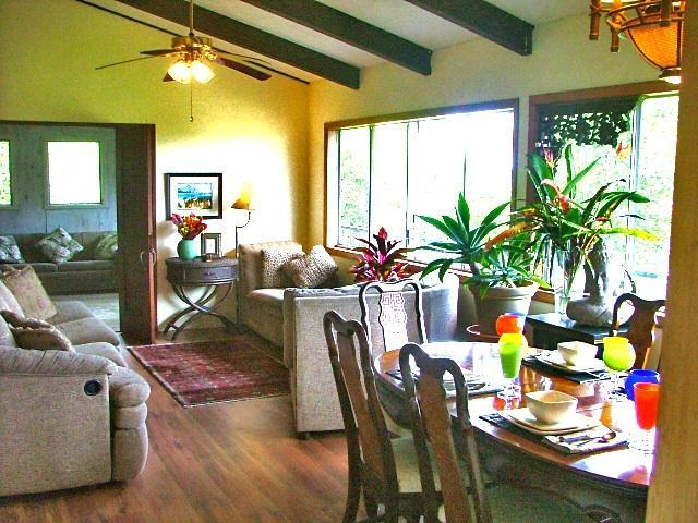 Formal Living and Dining Room - Affordable Personal Vacation/Small Group Retreat - Kalapana - rentals