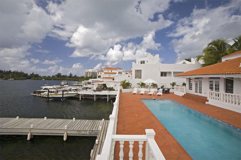 Villa d'Acquario at Point Pirouette - Image 1 - Sint Maarten - rentals